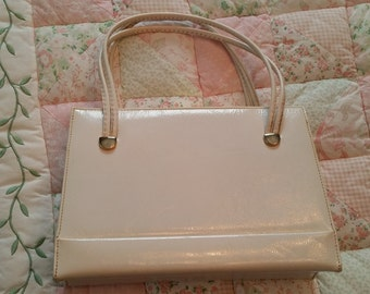 Vintage White Hand Bag Leather Interior Made in Canada 1960s Summer Accessory