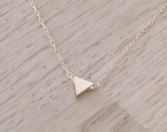Triangle necklace, tiny gold necklace, simple necklace, triangle necklace, geometric jewelry, triangle charm, D22 ,
