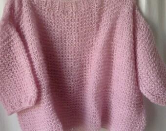 Pull loose mohair Agatha, rose pâle tricoté main