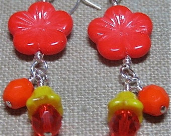 Springing into Fall Flower Earrings - E539