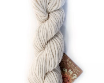 Natural Undyed Yarn, Heavy Worsted Yarn for Dyeing, Peruvian Merino and Alpaca Wool with Silk, White Wool Bulky Yarn