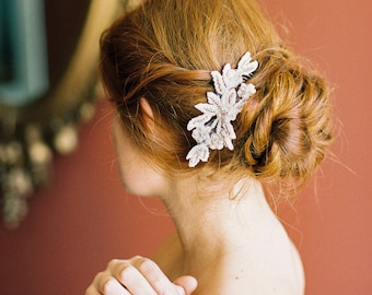 Wedding Hair Comb. Bridal Headpiece. Beaded Lace Hair Comb {Irina}
