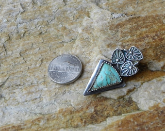 sterling kingman turquoise pendant with leaves
