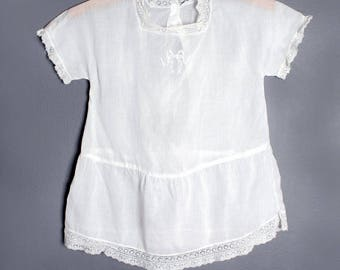 Antique Victorian Vintage Baby Girls Dress -White Cotton Embroidered Bow, Christening Gown, Vintage Kids Clothing, SIZE: Infant- 1 year