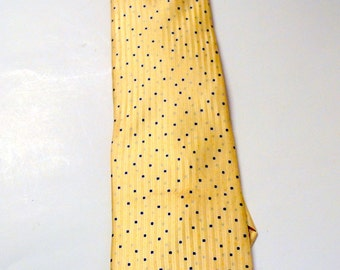 Vintage Men's Jones New York Silk  Necktie Champagne Color with Blue Dots 60 inches long