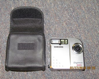 Samsung Digimax 800K 0.8MP Digital Camera