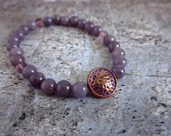 Lavender and Copper Stretch Bracelet, Light Purple Dyed Stones, Faceted Glass, Hammered Copper Charm, Gift for Her, Stackable Bracelets