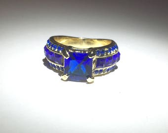 Cubic Zirconia Blue Gemstone Gold Ring Size 7