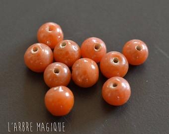 10 round glass beads - Indian - orange 7 mm size