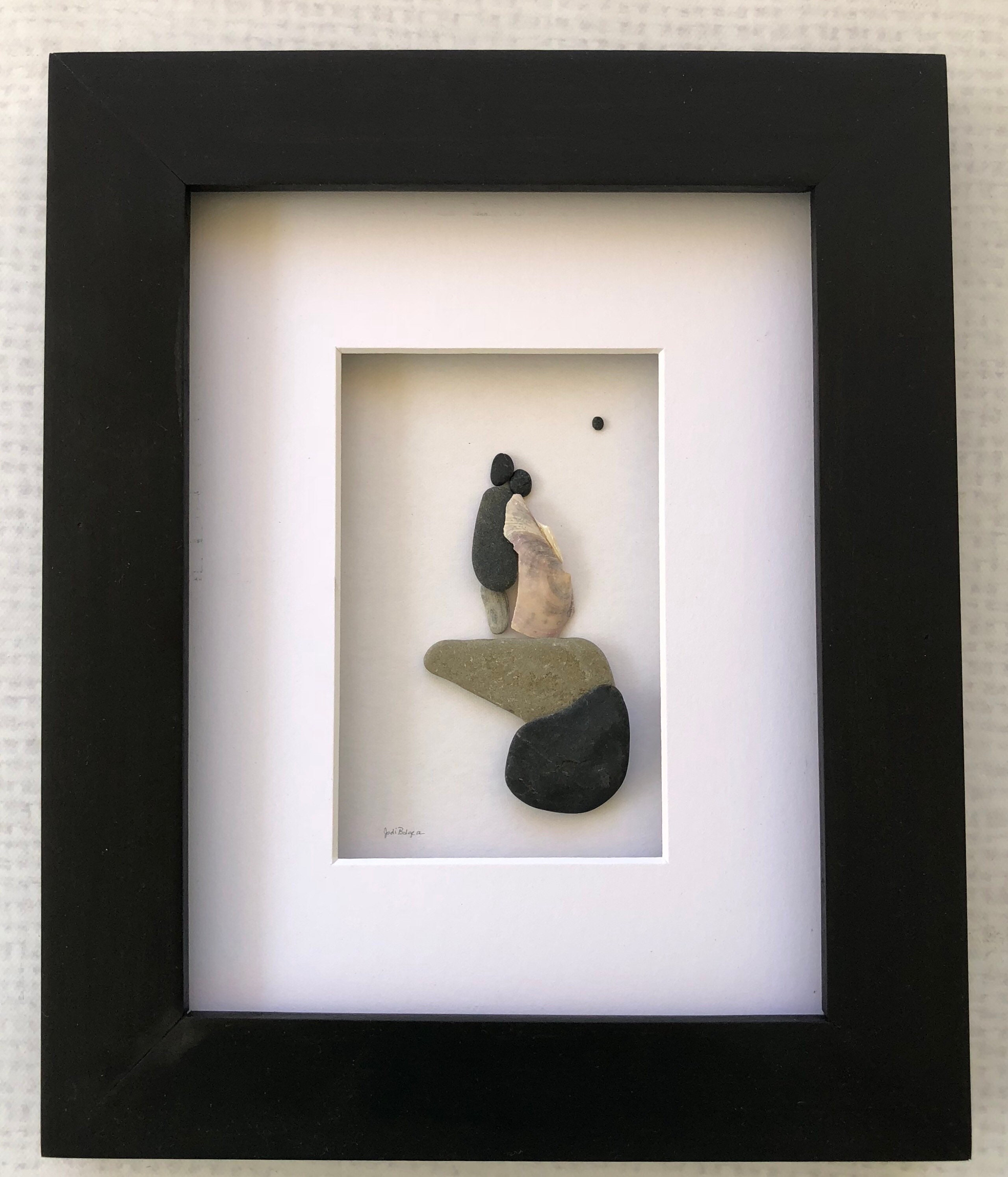 Couples gift, Pebble art couple, rock art pictures, home decor ...
