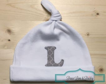 Personalized Baby Hat, Knotted Baby Hat, Baby Cap, Jersey Baby Hat, Baby Shower Gift, Grey and White Quatrefoil, Newborn Hat