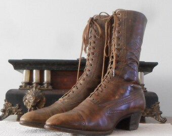 Victorian Lace Up Women's Boots