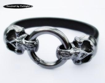 Leather Skull Bracelet - Black Regaliz Leather with Gunmetal Double Skull Snap Clasp