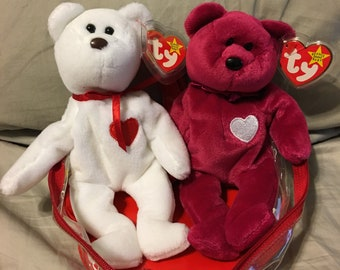 TY Beanie Babies- Valentino & Valentina in a heart shaped plastic case