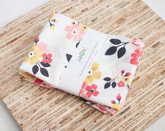 Large Cloth Napkins - Set of 4 - (N5281) - Vintage Floral White Modern Reusable Fabric Napkins