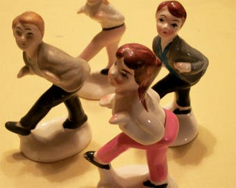 Dancing teens, vintage figurines, Japan, vintage desk dancers