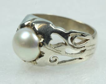 Boho Sterling Silver Fresh Water Pearl Love Heart Ring Size: S 1/2-9 3/8