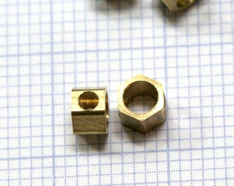 "Raw Brass hexagonal beads 30 pcs 4 x 3 mm 1/4"" x 1/8""  pendant industrial design 1301R tmlp"
