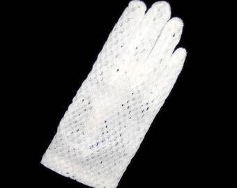 60s White Gloves, White Mesh Gloves, Shortie Gloves, 1960s Short Gloves, White Nylon Gloves, White Dress Gloves, White Day Gloves