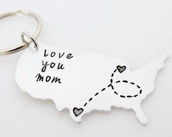 Long distance Family - Miss you Mom - Going away gift, living abroad, going away to college, LDR family, custom USA map keychain for him