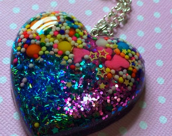 Kawaii Heart Necklace / Candy Sprinkles Big Heart Pendant / Sweet Lolita Pastel Goth Creepy Cute Pretty Jewelry / Cute Resin Pendant