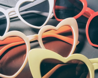 Sunglasses Pouch with Free  Heart Shape Sunglasses