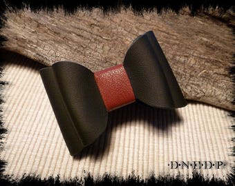 Magnet / Magnet refrigerator bow in black and Burgundy leather