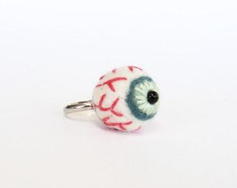 Needle felted eyeball ring, felt eye, Halloween spooky accessories, cute goth fashion, Adjustable size - turquoise