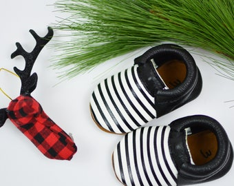 Baby Moccasins Soft Soled Handmade Shoes Black White Stripes Loafers Genuine Leather Fringeless Moccs Unisex Boys Girls Newborn