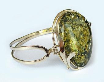 Genuine Baltic green amber bracelet.