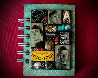 Star Trek A7 pocket journal. Captain James T Kirk, Spock. Mosaic. Zachary Quinto. Zoe Saldana. Chris Pine