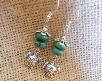 Turtle Dangle Earrings - Green Beaded Earrings - Gift for Her - Gift under 10