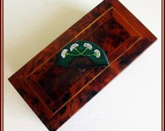Broche de abanico artesanal, Hecho a mano, regalo para ella, regalo para la madre, boche veraniego, broche original, pin de abanico.r
