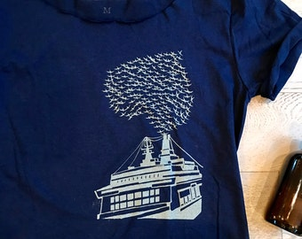 My Heart With Ferry. Ferry In My Heart. Women's Wide Neck Shirt. Mom's T-Shirt. Ferry. Birds. Heart. Parents.