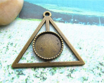 20pcs43x43mm/18mm(cabochon size)antiqued bronze triangle bezel trays/pendant blank/picture frame charms findings