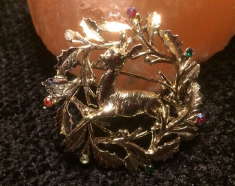 Deer rhinestone wreath brooch