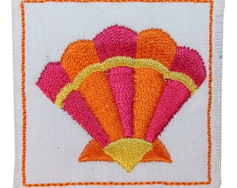 ID 1713C Clam Shell Badge Patch Ocean Sea Craft Embroidered Iron On Applique