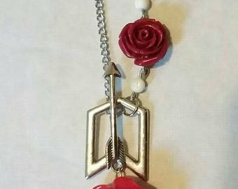 Cupids Arrow necklace