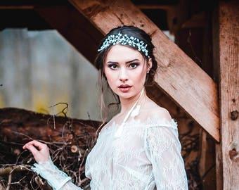 Hair wedding vine with pearly beads and mountain crystals, bridal tiara,white wedding silver crown, bridal wreath, boho tiara, boho wedding