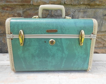 Vintage Samsonite Green Marbled Train Case Suitcase Overnight Luggage with Mirror Aqua Teal Seafoam Storage Case Travel Decor Wedding
