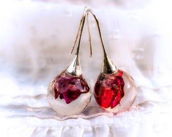 Roses Sphere Drop Earrings. Pink Rose Resin Earrings. Natural Style Earrings. Real Flowers Earrings. Organic sphere earrings natural rose
