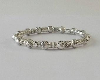 Chic Silver Stretch Bracelet