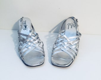 60s Metallic Silver Sandals Chunky Heels Caged Straps Round Toe Size 9 M 40 41