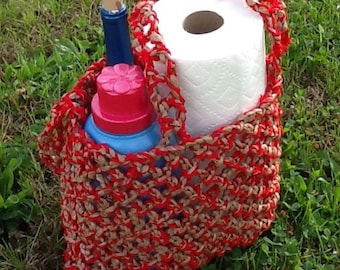 Plarn Tote, tan and red
