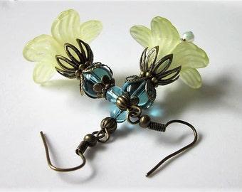 Lucite Flower Earrings, Yellow Lucite Flower, Blue Aquamarine Quartz Gemstone Beaded Earrings, Antiqued Brass, Victorian Dangles