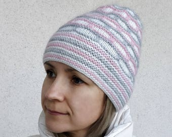 Slouchy beanie Hand knitted beanie Knit beanie Winter knit hat Grey-pink slouchy hat Made to order Slouchy beanie Premium fluff of mink