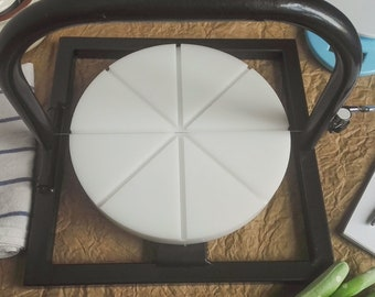 Metal soap cutter with Polyethylene working surface