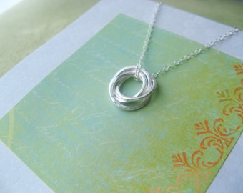 FOUR SiSTERS Necklace with Poem Gift for 4 Sisters Sterling Silver Bridesmaid Gifts for Sisters INSEPARABLe RINGs Gift Wrapped Ready to Give