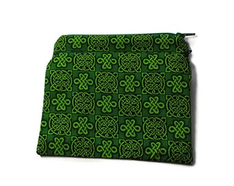 Reusable Snack Bags Set of 2 Zipper Green Celtic Knot