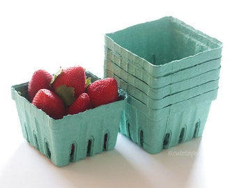 20 Berry Baskets Pint Size Garden Party Favors Strawberry Basket Fruit Cartons Wedding, Birthday, Baby Shower